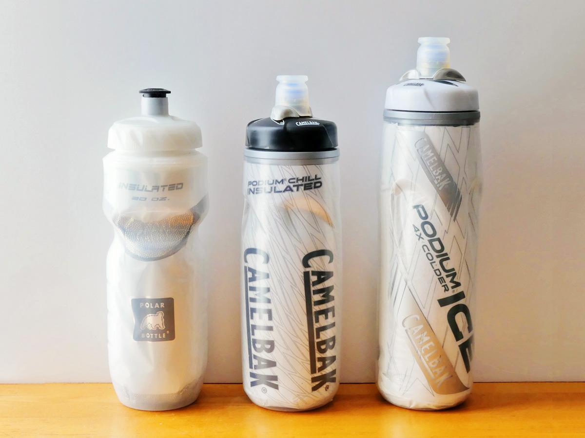 おすすめの自転車用の保冷ボトル(サイクルボトル)が並べられた写真。