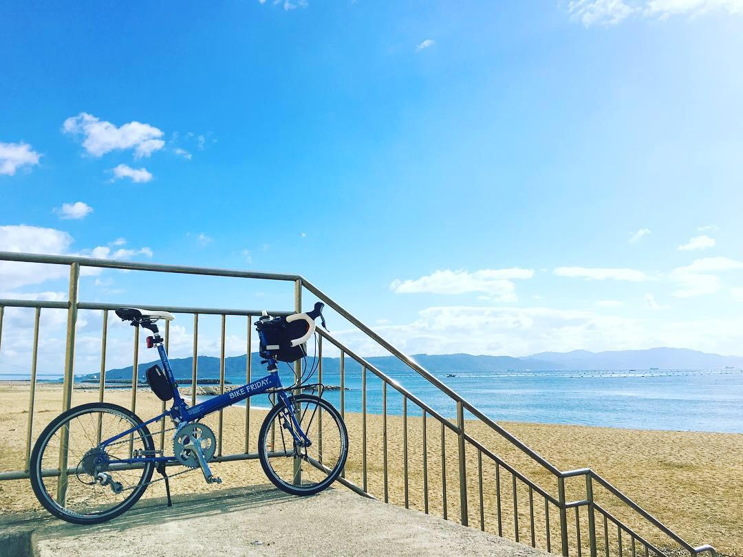 播磨サイクリングロードの海が見える風景