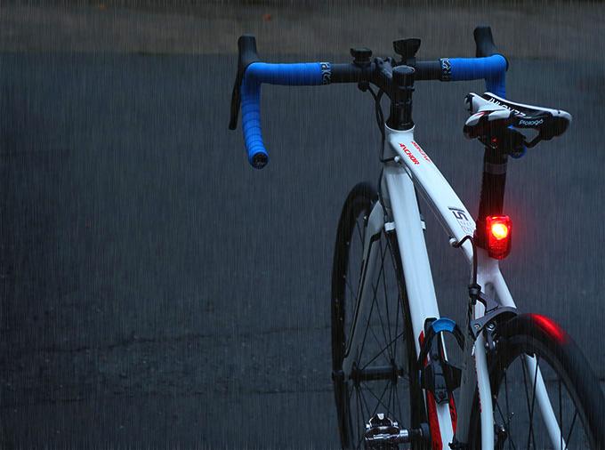roadbike-rain